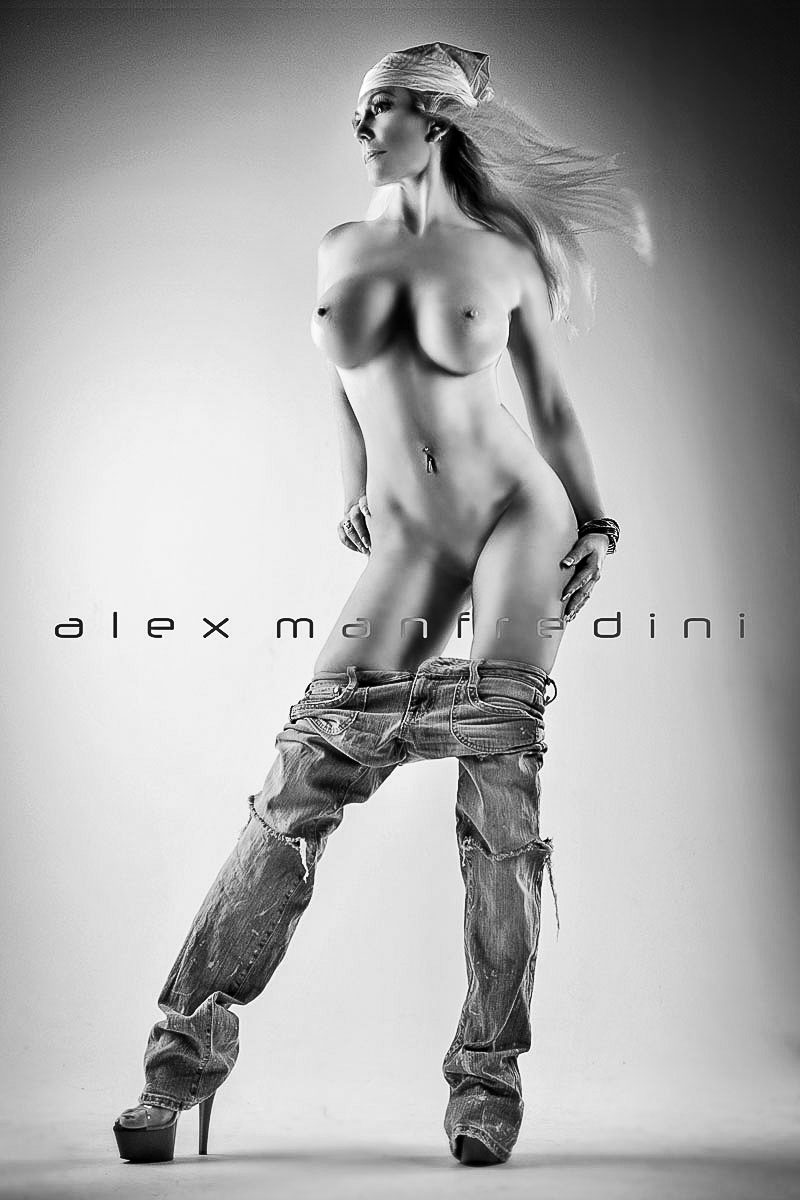 nude sex photo miami alex